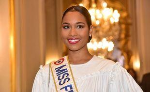 Clémence Botino, Miss France 2020, en janvier à Paris