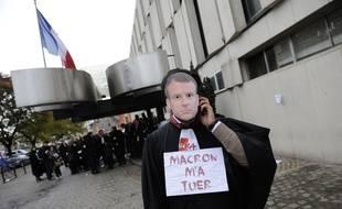 Des avocats en grève devant le TGI de Lille
