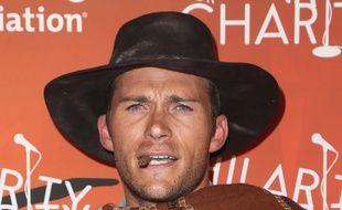 L'acteur Scott Eastwood au festival Hilarity for Charity à Los Angeles