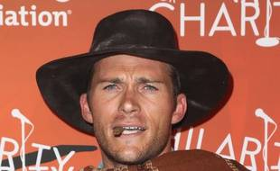 L'acteur Scott Eastwood au festival Hilarity for Charity à Los Angeles