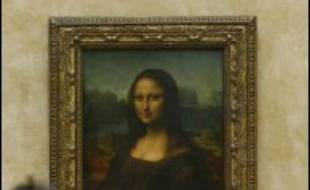 Le sourire mystérieux de la Joconde est celui d'une femme qui vient d'avoir un enfant révèle une étude canadienne à base d'imagerie numérique en trois dimensions, montrant aussi que le chef d'oeuvre de Léonard de Vinci, bien que fragile, a encore de beaux jours devant lui.