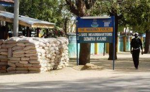 Des hommes armés ont enlevé un ingénieur allemand travaillant pour une société de construction dans la périphérie de Kano, ville du nord du Nigeria récemment secouée par une série d'attaques revendiquées par des islamistes.