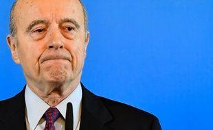 Alain Juppé, très ému à l'annonce de son départ de la mairie de Bordeaux.