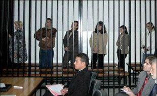 Cette visite intervient au lendemain de la confirmation de la peine de mort pour les cinq infirmières et le médecin bulgares accusés d'avoir inoculé le virus du sida à des centaines d'enfants en Libye.