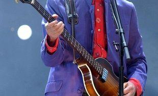 Paul McCartney s'est produit en 2004 au festival de Glastonbury.