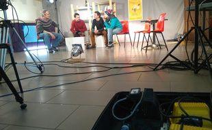 Le studio de la Web-TV La Brèche à la Maison de quartier de Bagatelle.