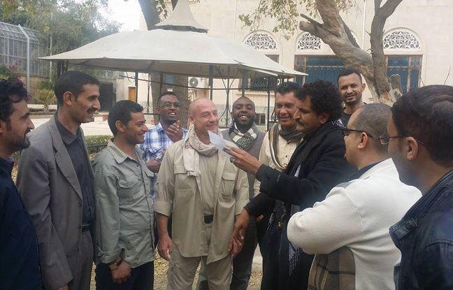 Une cérémonie d'au revoir, quelques jours avant le départ de jean-François Mercier du Yémen.