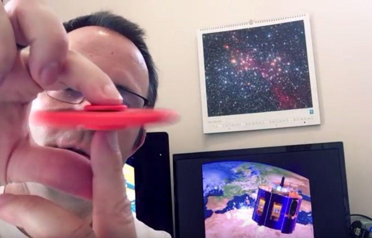 Olivier Sanguy, le journaliste scientifique de la Cité de l'Espace a posté une vidéo pour prendre de la hauteur sur le phénomène. – Capture d'écran YouTube