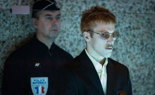 Thomas MUSTIN (au premier plan), incarne Patrick Dils dans le téléfilm «je voulais juste rentrer chez moi».