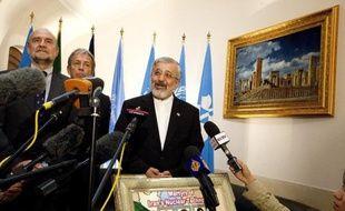 L'Iran a minimisé samedi la découverte par l'Agence internationale de l'énergie (AIEA) de traces d'uranium plus enrichi que prévu, accusant les médias occidentaux d'avoir monté cette affaire en épingle pour faire dérailler les discussions autour du programme nucléaire.