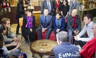 Ce mardi matin, Anne Hidalgo a consacré sa première sortie post-élections à la visite du chantier d'insertion Emmaüs Défi.