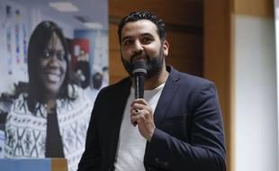 Yassine Belattar le 7 juin 2017 à Paris, lors d'une réunion pour soutenir la candidate En Marche! Laetitia Avia aux législatives.