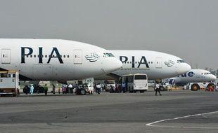 Des avions de Pakistan International Airlines (PIA) sur le tarmac de l'aéroport international Benazir-Bhutto à Islamabad (Pakistan) le 10 octobre 2012.