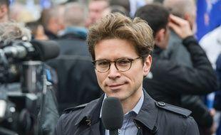 Geoffroy Didier, vice-président LR de la région Ile-de-France, rejoint le favori des sondages.