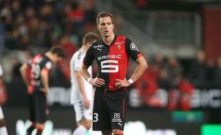 Le Norvégien Anders Konradsen, ici après le match contre Reims en Ligue 1 (20 décembre 2014), a écopé d'un carton rouge à Bastia, comme son néo-partenaire Ermir Lenjani.