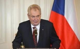 Le président tchèque Milos Zeman, lors d'une conférence de presse à Prague le 18 février 2016