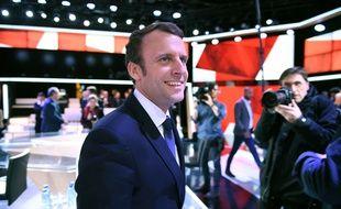 Emmanuel Macron sur le plateau de «L'Emission politique», le 6 avril 2017.