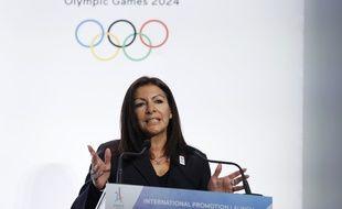 Anne Hidalgo en campagne pour que Paris accueille les JO 2024, le 3 février 2017.