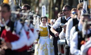 Point d'orgue du festival, la Grande Parade des nations celtes a rassemblé environ 70.000 festivaliers.
