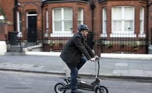 MoDe: Me: le petit vélo à assistance électrique signé Ford ne pèse que 16 kg.