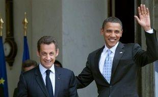 Les présidents américain Barack Obama et français Nicolas Sarkozy figurent parmi les 205 personnes et organisations --un nombre record-- en lice pour le prix Nobel de la paix, deux candidatures éminentes que les experts jugent toutefois trop prématurées pour aboutir.
