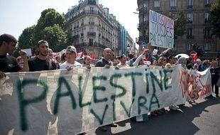 Des manifestants pro-palestiniens à Paris le 19 juillet 2014