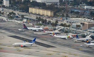 Les Français commencent à prendre conscience de l'impact écologique des trajets aériens.