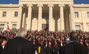 Les avocats marseillais ont manifesté devant le palais de justice contre la réforme des retraites