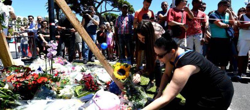 Attentat de Nice: Des hommages partout dans le monde