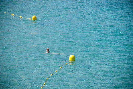 Marseille : « Etre un nageur en mer, c'est pire que d'être un cycliste »... Des adeptes de la nage libre réclament plus de sécurité
