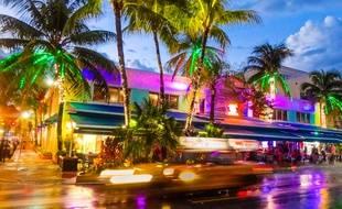 Par sa situation géographique, Miami a hérité du surnom de «Passage des Amériques».