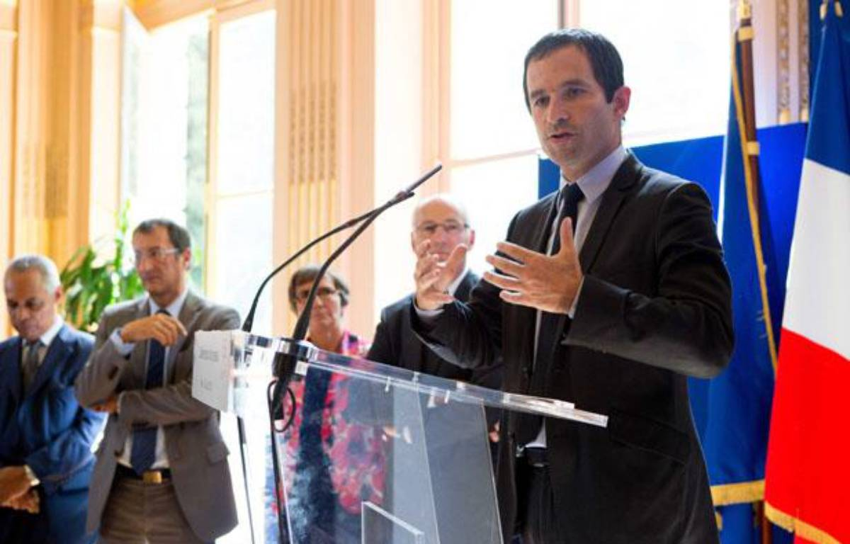 Le gouvernement a présenté le 29 août le dispositif des emplois d'avenir à la presse. – REVELLI-BEAUMONT/SIPA