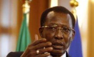 Les rebelles tchadiens sont entrés samedi dans la capitale N'Djamena, où le président Idriss Deby était toujours retranché dans le palais présidentiel alors que la Libye annonçait dans la soirée que le principal chef de la rébellion, Mahamat Nouri, avait accepté un cessez-le-feu.