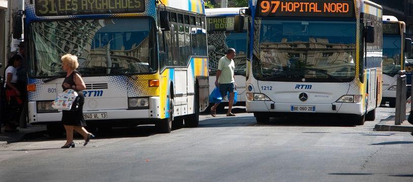 Marseille le 24 mai 2011 - Illustration sur les bus de la RTM