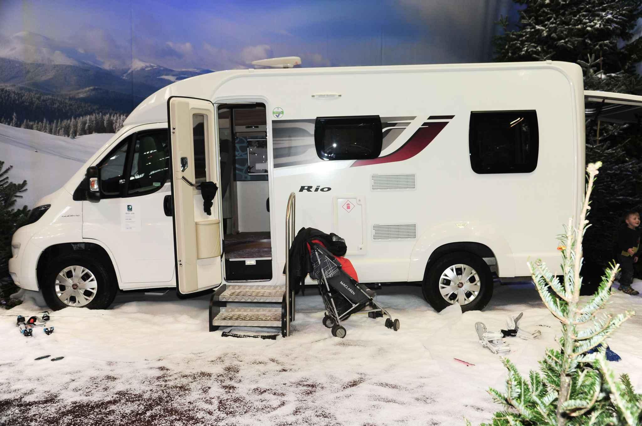 l 39 escroquerie au camping car vol fait des dizaines de victimes en rh ne alpes. Black Bedroom Furniture Sets. Home Design Ideas