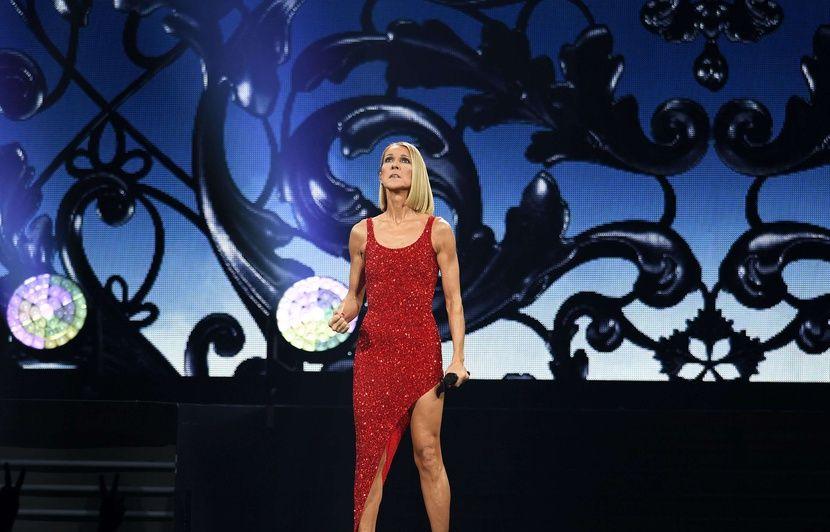VIDEO. Céline Dion a rendu hommage à sa mère décédée lors de son concert à Miami