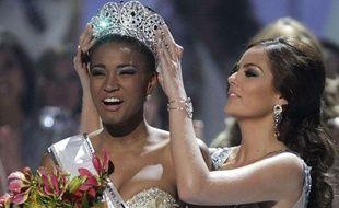 La nouvelle Miss Univers, Leila Lopes d'Angola, a fait échec aux miss Latino-Américaines, données favorites du concours.