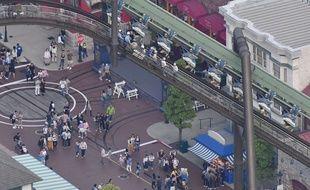 L'attraction est restée bloquée pendant deux heures.