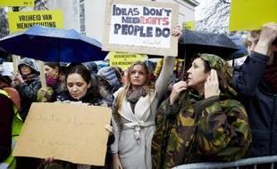 Manifestation de soutien au blogueur saoudien Raef Badaoui organisée le 15 janvier 2015 à La Haye