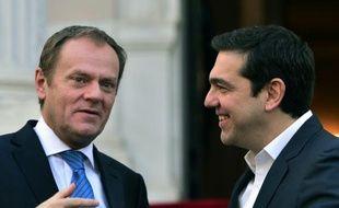 Le président du Conseil européen Donald Tusk et le Premier ministre grec Alexis Tsipas le 16 février 2016 à Athènes