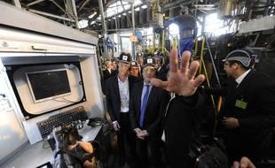 Emmanuel Macron, alors ministre de l'Economie, avait visité l'usine de fabrication de verre d'Arques en 2016.