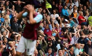 Les supporters de West Ham lors d'un match de Premier League contre Fulham, le 1er septembre 2012.