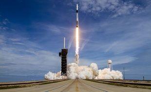 SpaceX a procédé à un vol d'essai de sa capsule Crew Dragon le 19 janvier 2020.