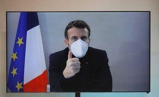 Emmanuel Macron en visioconférence.