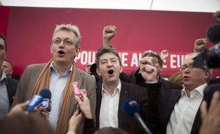 """""""Unis comme les doigts de la main"""": Pierre Laurent et Jean-Luc Mélenchon ont insisté samedi sur leur """"unité"""" lors de la fête de l'Humanité, assurant que le Front de gauche n'est """"pas dans l'opposition"""" au gouvernement."""