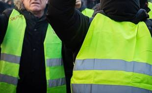 "illustration de ""gilets jaunes"""