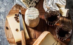 Dans le café parisien de Malongo, on déguste le fromage en association avec le café, original.