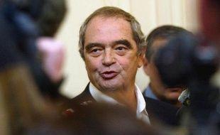 La situation ne s'arrange pas pour le voyagiste Fram, qui s'achemine vers 20 millions d'euros de pertes en 2012 après déjà deux exercices dans le rouge. Mais Georges Colson, revenu aux commandes du groupe qu'il dirigea de 1991 à 2005, entend bien le sauver.