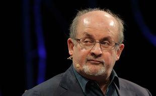 L'écrivain Salman Rushdie, le 30 mai 2016, au Royaume-Uni.