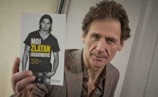David Lagercrantz, auteur de «Moi Zlatan Ibrahomovic», biographie du joueur de football professionnel au PSG, à Paris le 28 janvier 2013.